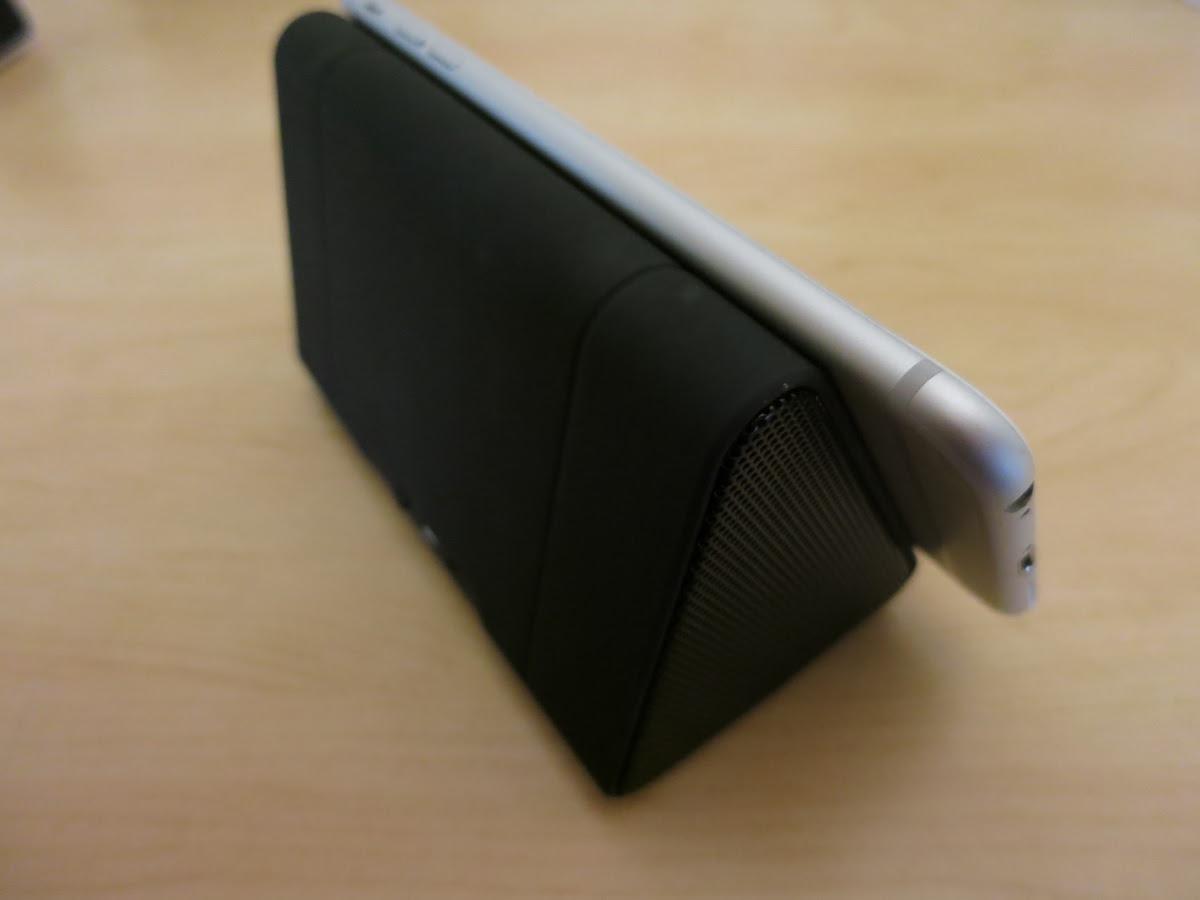 MagicBoost Resonating Speakers